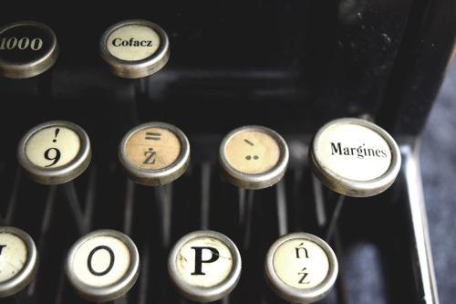 typewriter13